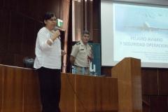 Sra. Elba Pescetti (CONICET), y Sub. Of. My. Ejército Hector Quinzano